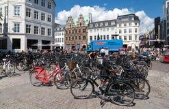 Bycicles在Copenhaguen丹麦 免版税库存图片