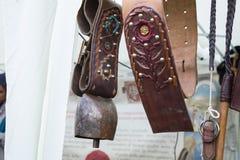 Bydło dzwony z kolorowymi rzemiennymi dekoracjami Obraz Stock
