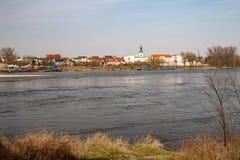 Bydgoszcz, kujawsko-pomorskie/Polônia - abril, 3, 2019: Distrito velho de Bydgoszcz no Vistula Construções históricas de Fordon fotos de stock royalty free