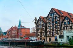 BYDGOSZCZ, POLEN 2017 11 14 architectuur van Bydgoszcz-stad bij Brda-rivier in Polen, mooie neogotische architectuur, en acro Stock Fotografie