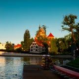 Bydgoszcz St Martin e St Nicholas Cathedral e ilha do moinho Fotografia de Stock