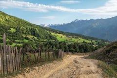 BygdSvaneti Georgia berg Fotografering för Bildbyråer