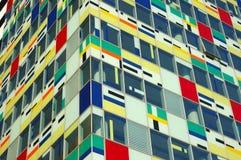 byggande färgrik facade fotografering för bildbyråer