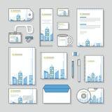 Byggande för mallbrevpapper för företags identitet uppsättning för design och affärsbrevpapper Arkivfoto