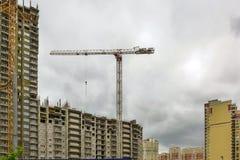 byggande gå högt stiger upp Fotografering för Bildbyråer