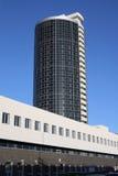 byggande hög modern stigning royaltyfria foton