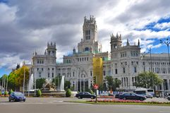 Byggande i Madrid royaltyfri bild