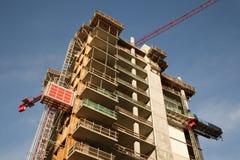 byggande kommersiell konstruktion under Arkivbilder