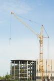 byggande kran som parkerar mycket tornet Royaltyfria Bilder