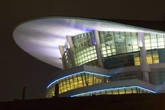 byggande modern natt Fotografering för Bildbyråer