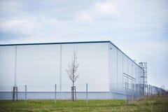 byggande modern stockroom för manufacture arkivfoto