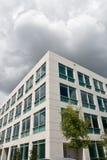 byggande modernt kontor Fotografering för Bildbyråer