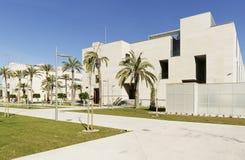 Byggande motsvara till Miguel Hernandez University av Elc royaltyfria foton