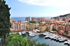 Byggande och yachter i Monaco Arkivbilder
