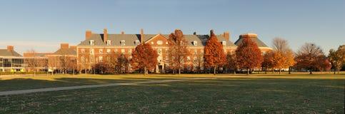 byggande panorama- universitetar Arkivfoto