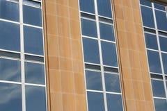 byggande reflekterad sky Fotografering för Bildbyråer