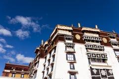 byggande splendent tibet arkivfoto