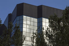 byggande stigning för högt kontor Arkivbilder
