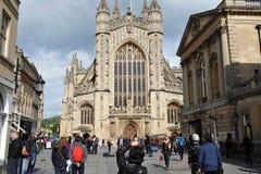 byggd abbeybadbyggnad färgade använda för england historiskt honungsten Arkivfoto