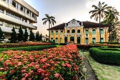 Byggnad Abhaibhubejhr i Thailand Arkivbilder