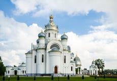 Byggnad av den ryska ortodoxa kyrkan i Vitryssland Arkivfoto