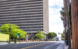 Byggnad av federala domstolen i Los Angeles, Kalifornien, USA Royaltyfria Foton