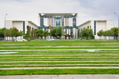 Byggnad av federala regeringen i Berlin Royaltyfria Foton