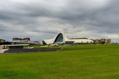 Byggnad av Heydar Aliyev Center Royaltyfri Foto