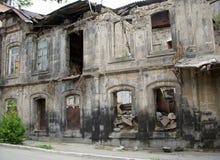 Byggnad efter jordskalv, Gyumri, Armenien Royaltyfri Foto