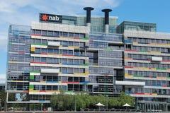 Byggnad för medborgareAustralien bank i Melbourne stadsmarina Arkivfoto