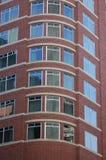 Byggnad för röd tegelsten, Portland, Oregon royaltyfri fotografi