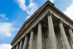 Byggnad för romersk stil Arkivfoto