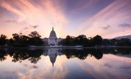 Byggnad för Washington DCUSA-Kapitolium Arkivbilder