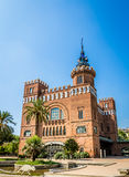 Byggnad i Barcelona Spanien Arkivbilder