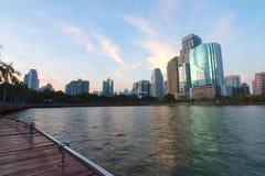 Byggnad i mitt av Bangkok Arkivfoto