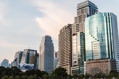 Byggnad i mitt av Bangkok Royaltyfri Fotografi