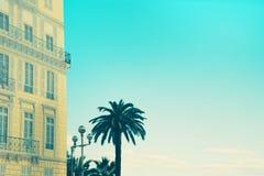 Byggnad i Nice, Frankrike Royaltyfri Bild
