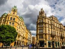Byggnad i Prague, Tjeckien Arkivfoto