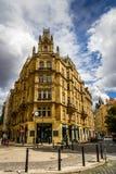 Byggnad i Prague, Tjeckien Royaltyfria Bilder