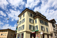 Byggnad i Zurich Arkivfoton