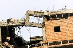 byggnad kollapsade arkivfoton