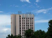 Byggnad med antenner Royaltyfri Fotografi