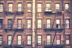 Byggnad med brandflykt, ett av New York City symboler, USA Royaltyfri Fotografi