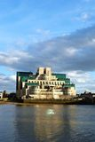 Byggnad MI6 Royaltyfri Foto