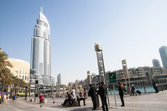 Byggnad nära Burj Khalifa Royaltyfri Foto