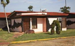 Byggnad nära den Trinidad staden cuba Arkivbild