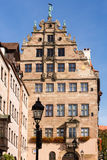 Byggnad yttre Fembohaus StadtMuseum Royaltyfria Foton