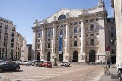 Byggnaden av borsa` i Milan Royaltyfria Foton