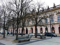 Byggnaden av Zeughausen det tyska historiska museet Royaltyfria Foton