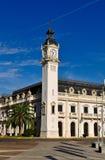 Byggnaden med klockan Royaltyfri Foto